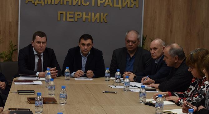 Кметът на Перник благодари на столичните общински съветници