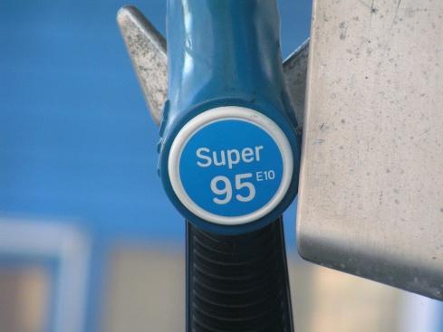 Има ли двоен стандарт в качеството на горивата?