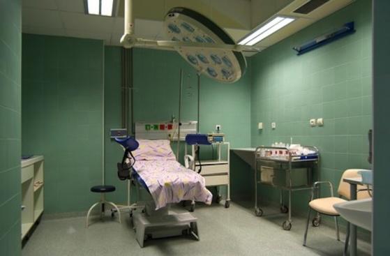 Защо в България здрави родилки умират в 21 век?