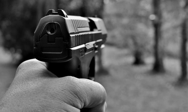 Трябва ли да се засили контролът при издаване на разрешително за оръжия?