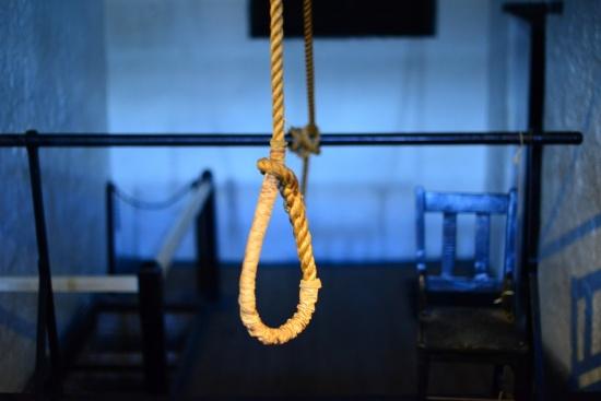 """""""За"""" или """"против"""" смъртното наказaние сте?"""