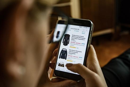 Какви са предимствата на онлайн пазаруването?