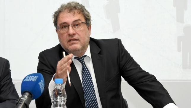 Трябва ли министър Банов да понесе отговорност за записите за Ларгото?