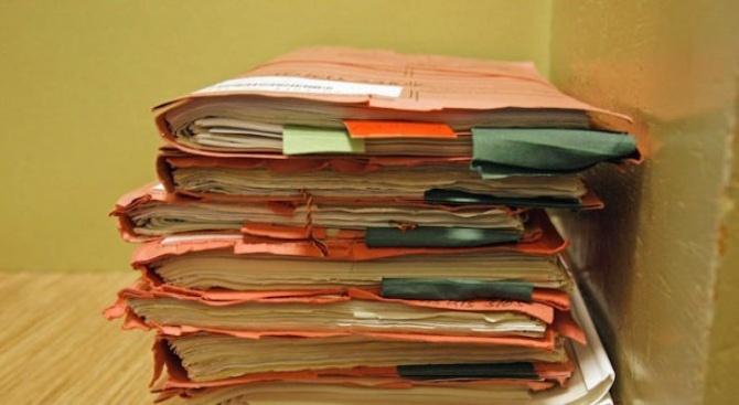 Нарушават ли законите частните съдебни изпълнители?