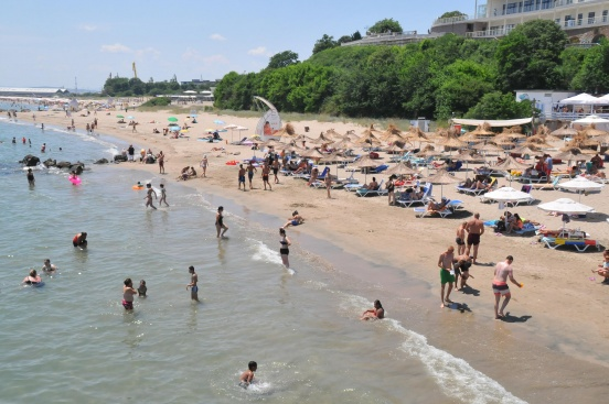 Защо има отлив на туристи по Черноморието ни?