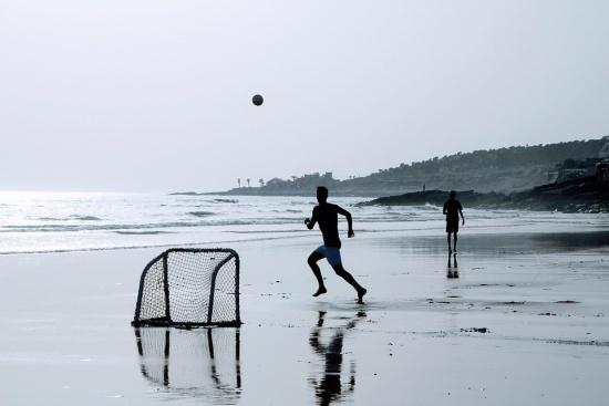 Как се пазите от летни вируси, върлуващи по морето?