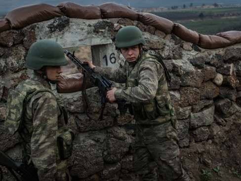 Одобрявате ли турската операция в Ирак?