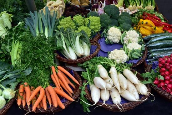Одобрявате ли идеята за обратно начисляване на ДДС за плодовете и зеленчуците у нас?