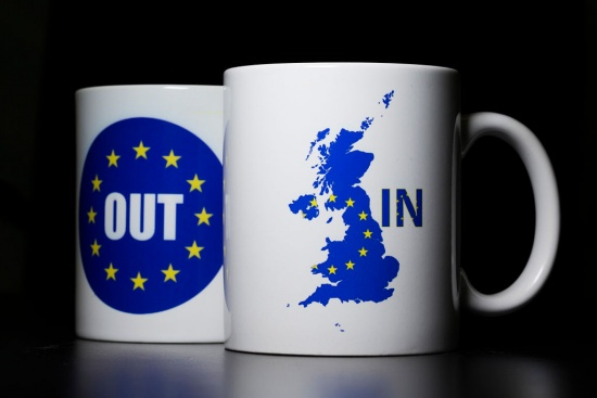 Следите ли ситуацията около Брекзит?