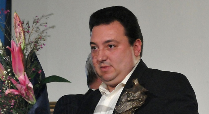 Ще подаде ли Светослав Костов оставка?