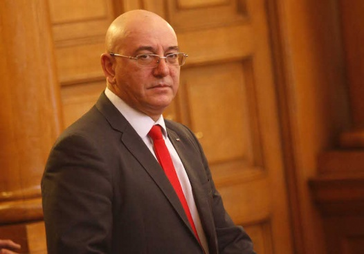Одобрявате ли избора на Емил Димитров-Ревизоро за министър на околната среда и водите?