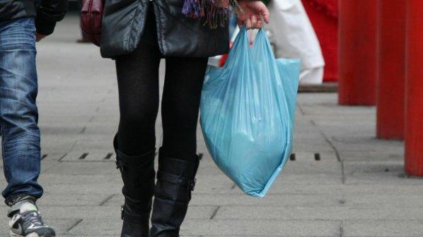 Производители: Найлонови торбички трябва да има
