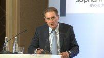 Домусчиев: Реформите в здравеопазването и енергетиката са най-важни