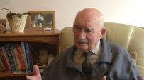 89-годишен взриви Великобритания с обява за работа