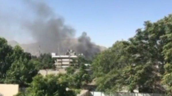 Силна експлозия в Кабул. Кола бомба се взриви на метри от българското посолство
