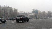 Снегорини чистят пътищата в страната. АПИ съветва: Карайте внимателно!