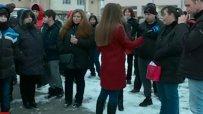 Родители подкрепиха учител, ударил ученик