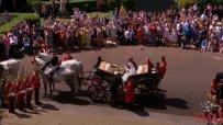 Хари и Меган се качиха в приказна каляска - вижте сватбената обиколка