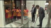 Холандският премиер хвана парцала