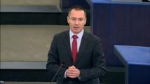 Джамбазки призова Борисов да не допуска Германия да ни превърне в мигрантско гето