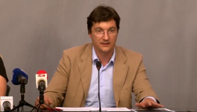 БСП поиска оставката на Цачева заради срива на Търговския регистър