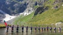 Защо младежи влязоха във водите на езеро Близнака