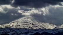 Сняг заваля посред лято в Турция