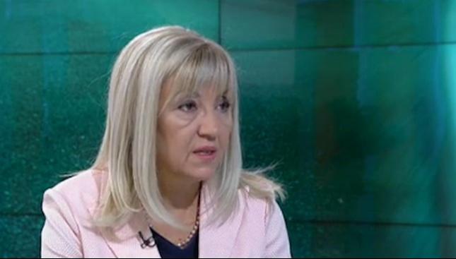 Петя Аврамова: Продължаваме политиката за нови пътища