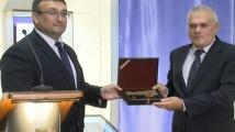 Младен Маринов се разплака докато приемаше поста на вътрешен министър от Валентин Радев