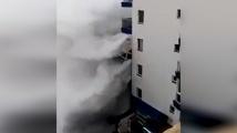 10-метрови вълни разрушиха балкони на хотели в Тенерифе