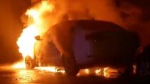 Руска кола изгоря в Украйна на фона на напрежението Киев-Москва