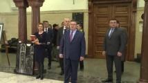 Цацаров и Младенов откриха благотворителна изложба в Съдебната палата