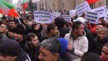 Роми срещу Каракачанов: Потъпкахте каузата на Васил Левски!