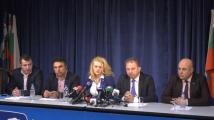 НФСБ отива самостоятелно на евровота, Валери Симеонов води листата
