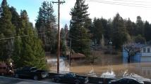 Руска река превърна калифорнийски град в остров