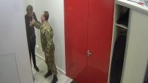 Украински депутат нападна представител на лидера в президентската надпревара