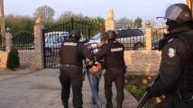 Разбиха престъпна група, занимавала се с трафик на хора