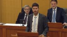 Хърватски депутат мълча от парламентарната трибуна