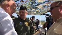 Подариха пистолет Макаров на Борисов по случай рождения му ден