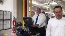 Борисов подкара електрокар и обяви: Инвестициите вървят