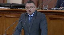 Маринов и Кутев се скараха кой е издал името на 16-годишния обвинен в опит за тероризъм