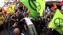 Десетки арести на климатичен протест в Австралия
