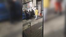 Скандален клип с контрольорка стана хит в мрежата