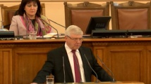 Кирил Ананиев към БСП: Вече не се обръщайте към мен с уважаеми г-н министър, защото не го чувствате