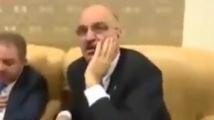 Депутат от НФСБ пита репортерка в НС с какво бельо е
