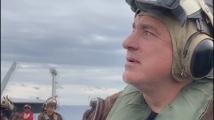Борисов се качи на американски самолетоносач