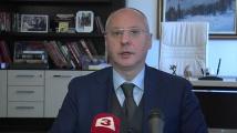 Станишев и тази година почерпи журналистите с баница