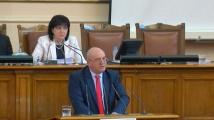 Емил Димитров: Хората в Шумен мечтаят тръбите да се скъсат, за да им ги оправят от София